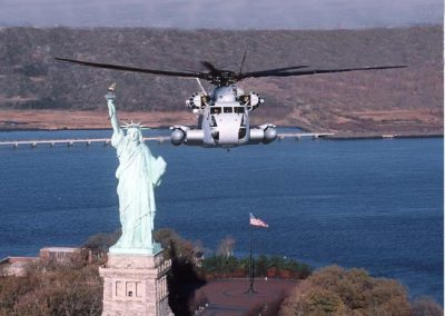 o1. CH-53D by Statue of Liberty