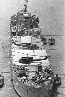 USS_Garrett_County_(AGP-786)_at_anchor_in_the_Mekong_Delta_ca_late_1960s