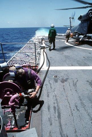HSL-34Det6-America243_refuels_aboard_USS_OBannon_UNITAS_XXXII_Late_1991
