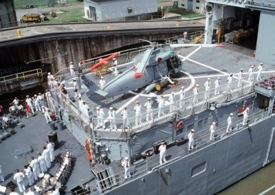 HSL-34Det6-transiting_the_Panama_Canal_aboard_USS_OBannon_UNITAS_XXXII_Late_1991